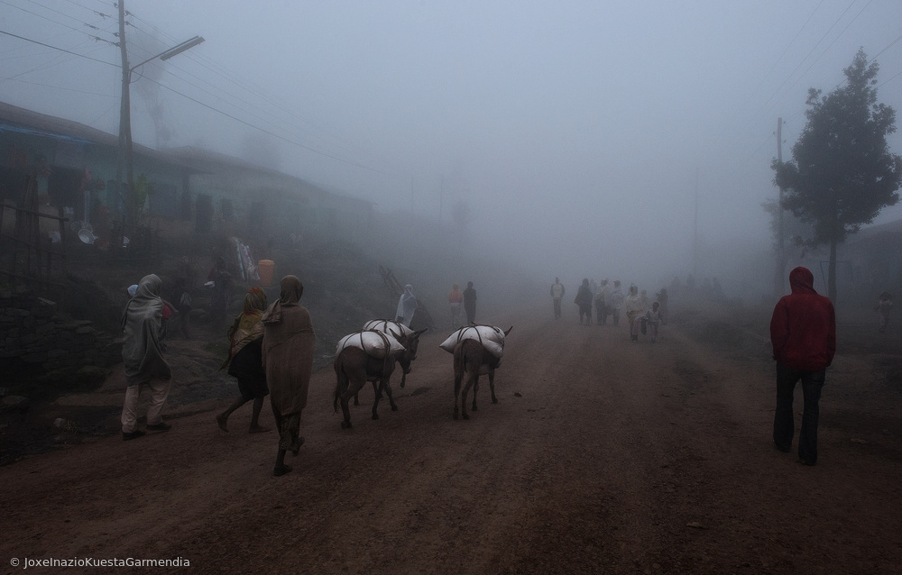 Poster Fog in a village in the highlands of Ethiopia.