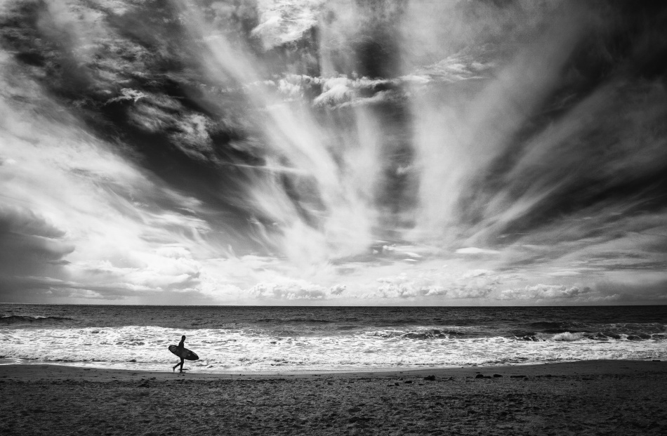 The loneliness of a surfer