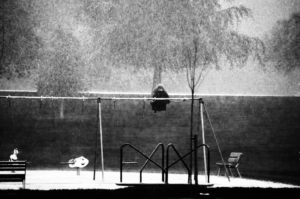 Fotokonst The Girl in the Rain 2