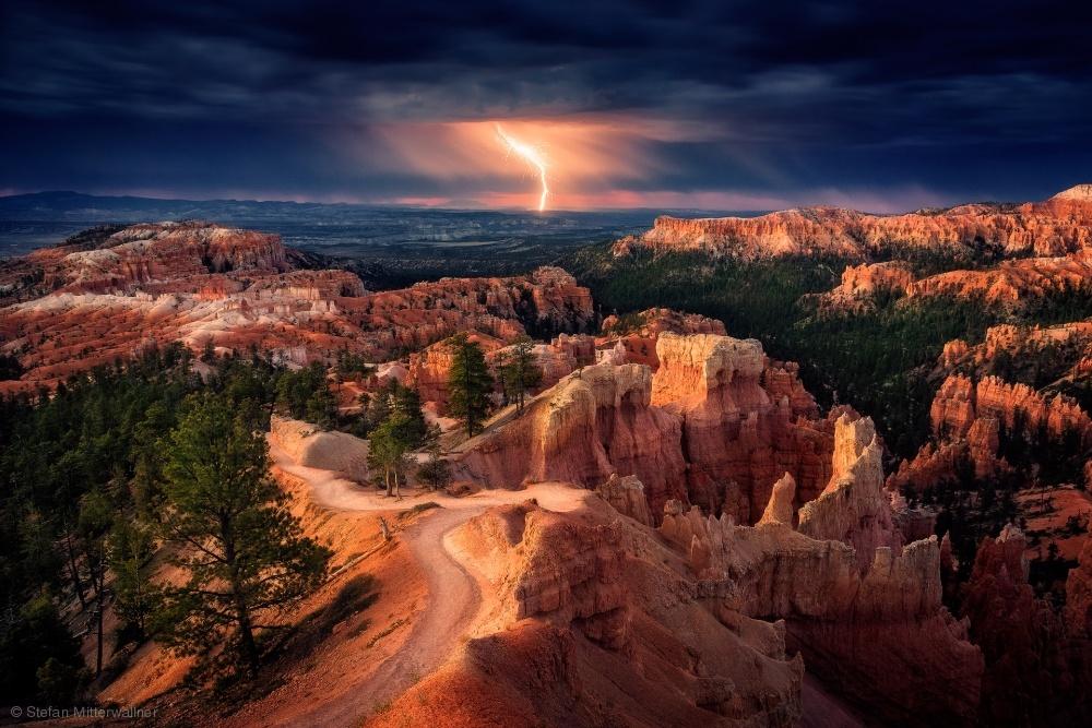 Fotokonst Lightning over Bryce Canyon
