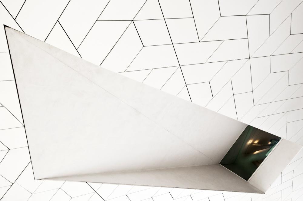 Poster inside asymmetry