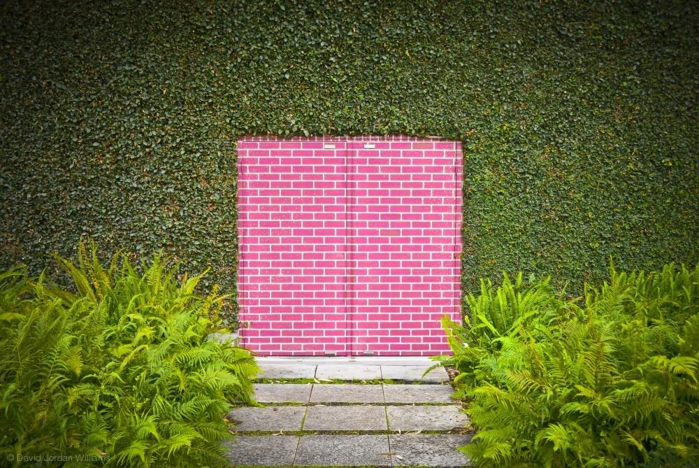 Poster Pink Brick Door