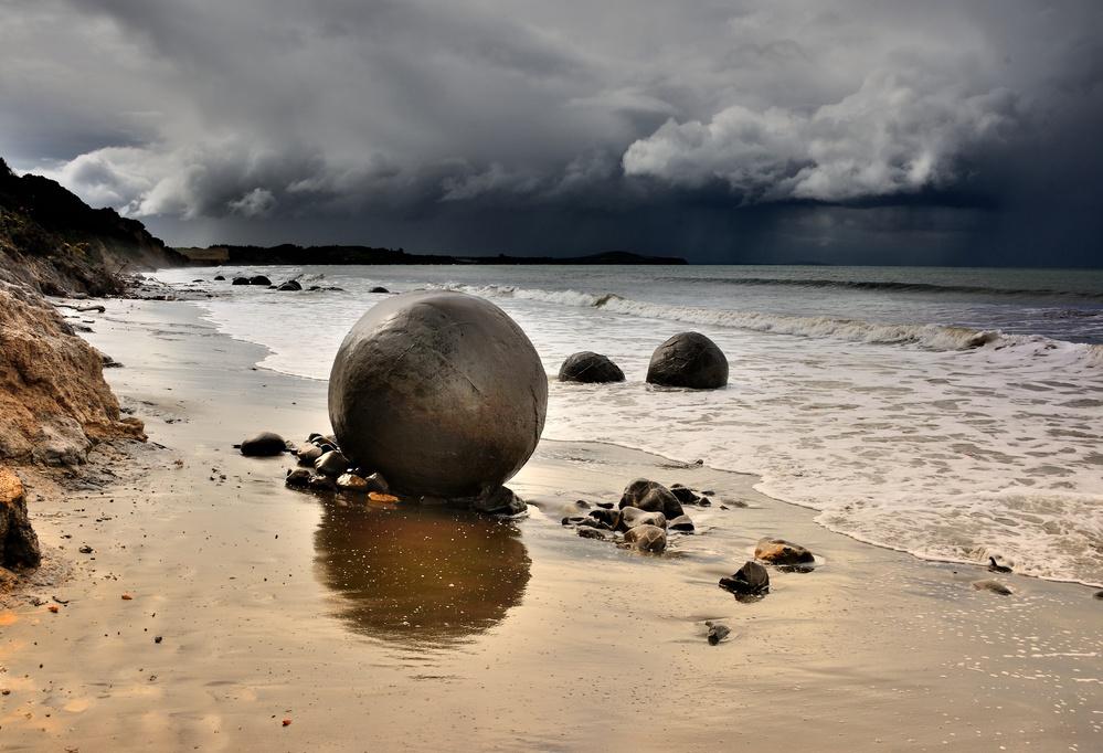 Moeraki Round Boulders