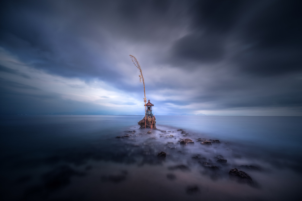 Fotokonst Stormy temple