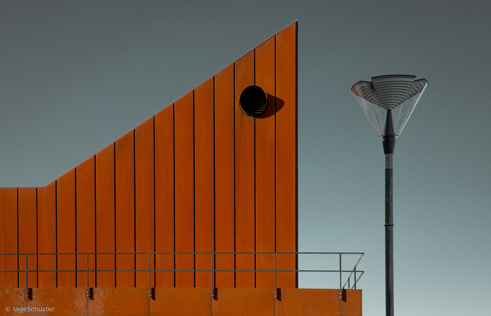 Fotokonst Composition with lamp and building