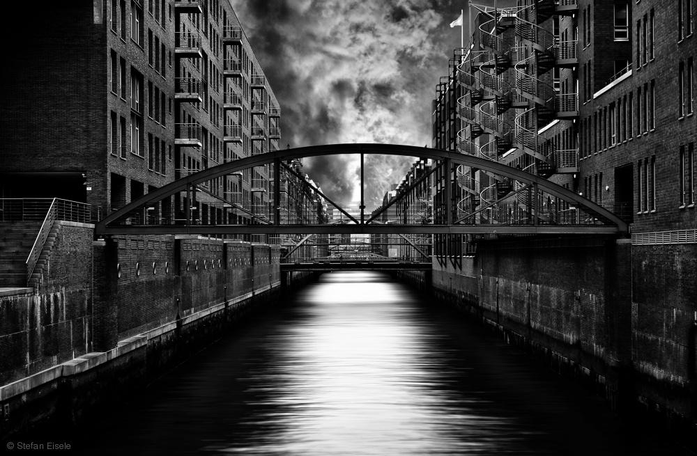 Fotokonst The other side of Hamburg