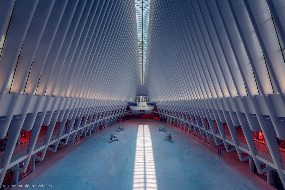 Fotokonst Inside the Oculus - Metro Station New York