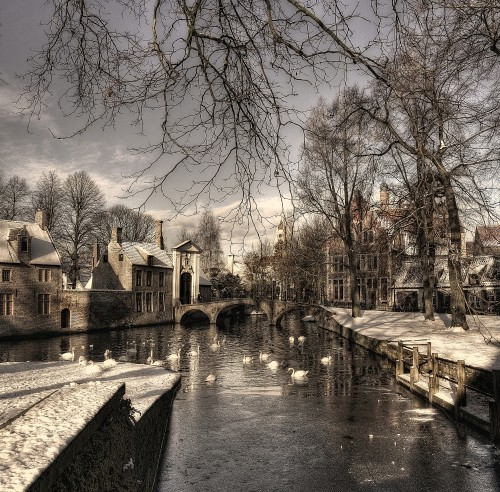 Bruges in Christmas dress by Yvette Depaepe
