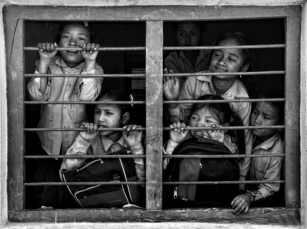 Fotokonst Children of Kathmandu (1) mono version