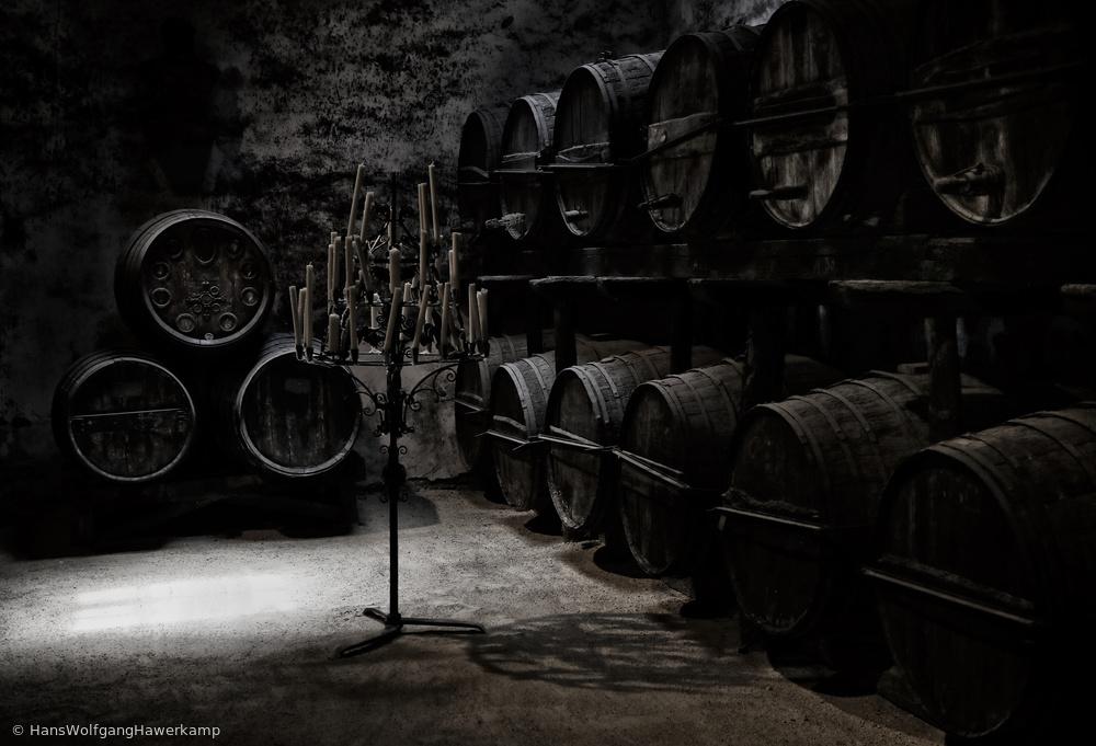 Fotokonst The dark atmosphere of an old wine cellar