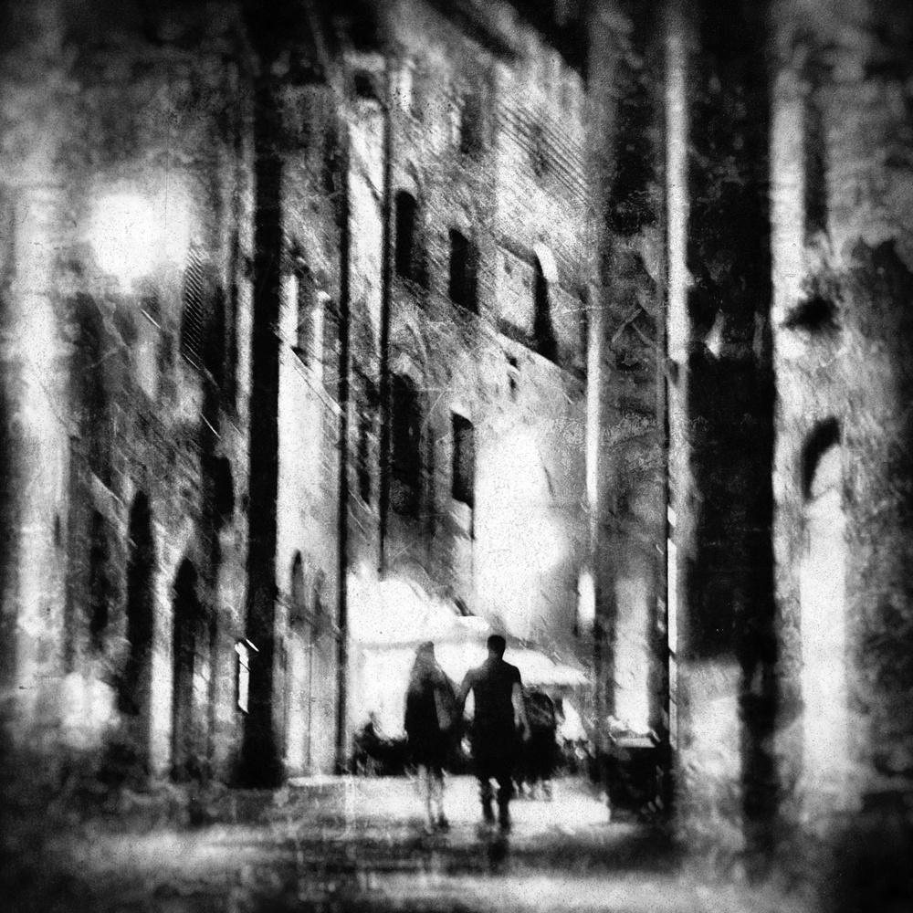Fotokonst couple at night