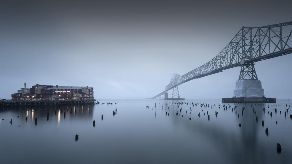 Fotokonst Evening mood - Astoria-Megler Bridge