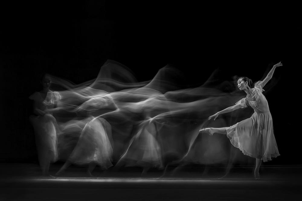 Waves of Balerina