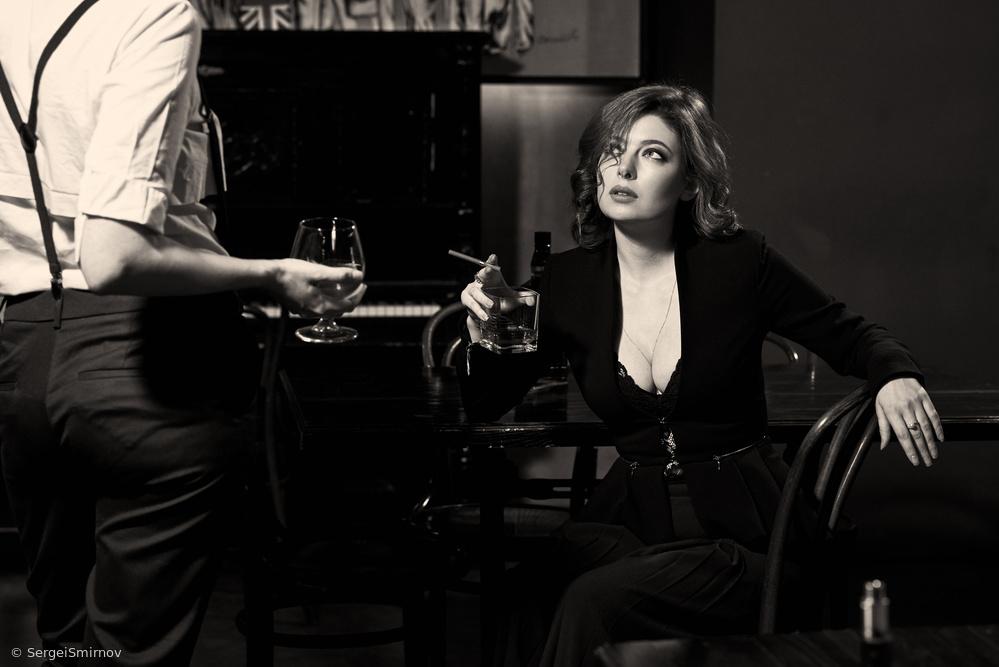 Fotokonst At the bar