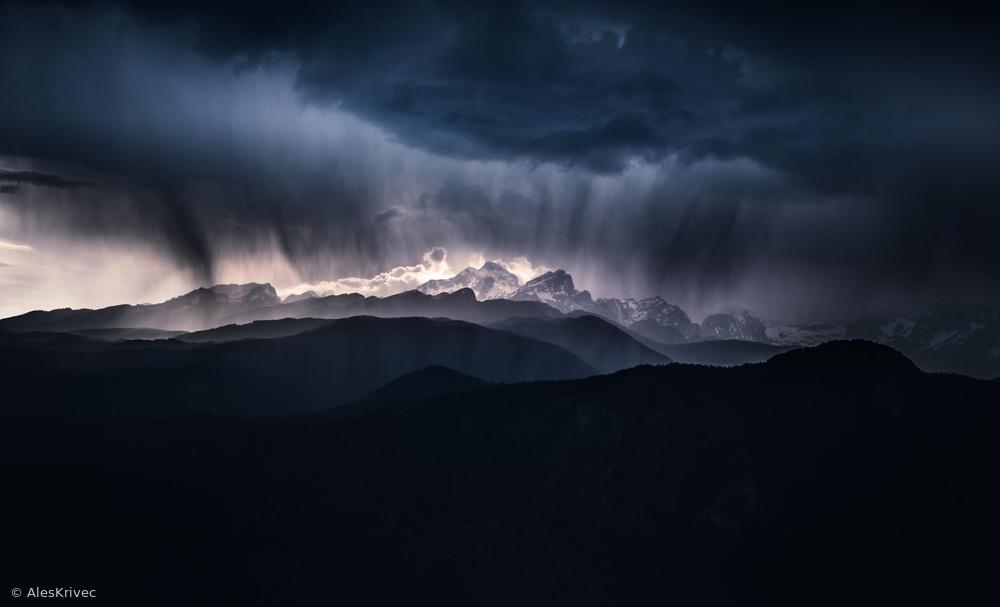 Fotokonst Storm above the Alps