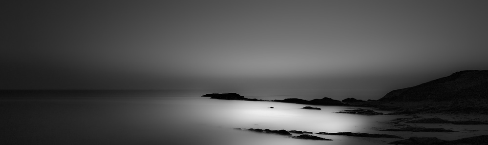 Fotokonst Black Shades for White Nights