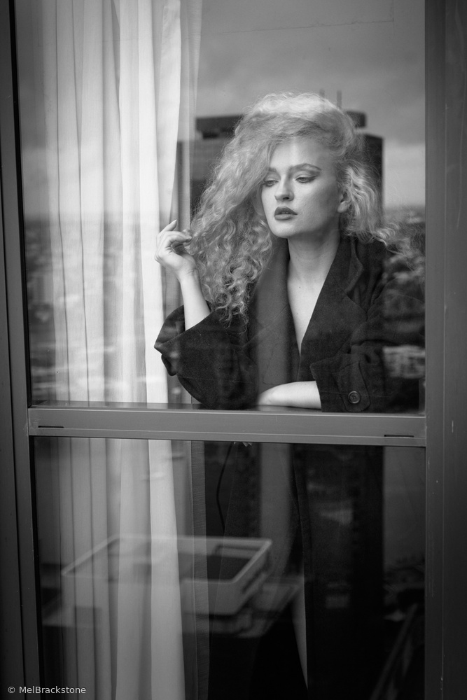 Fotokonst Through the window
