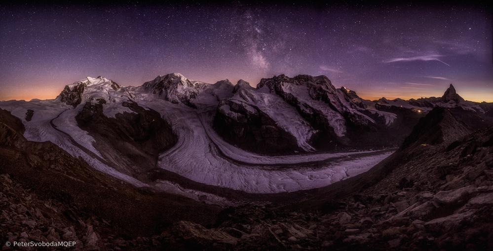 Fotokonst Sparkling night over the Monte Rosa massive