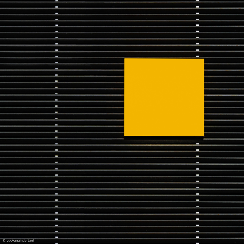 Poster Yellow square