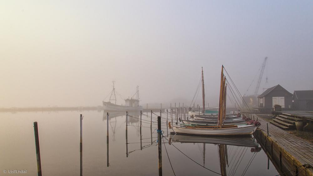 Fotokonst Morning mood at the harbor.