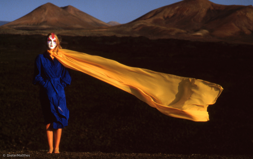 """Fotokonst Blowing in the wind (from the series """"Imaginations incognito"""")"""