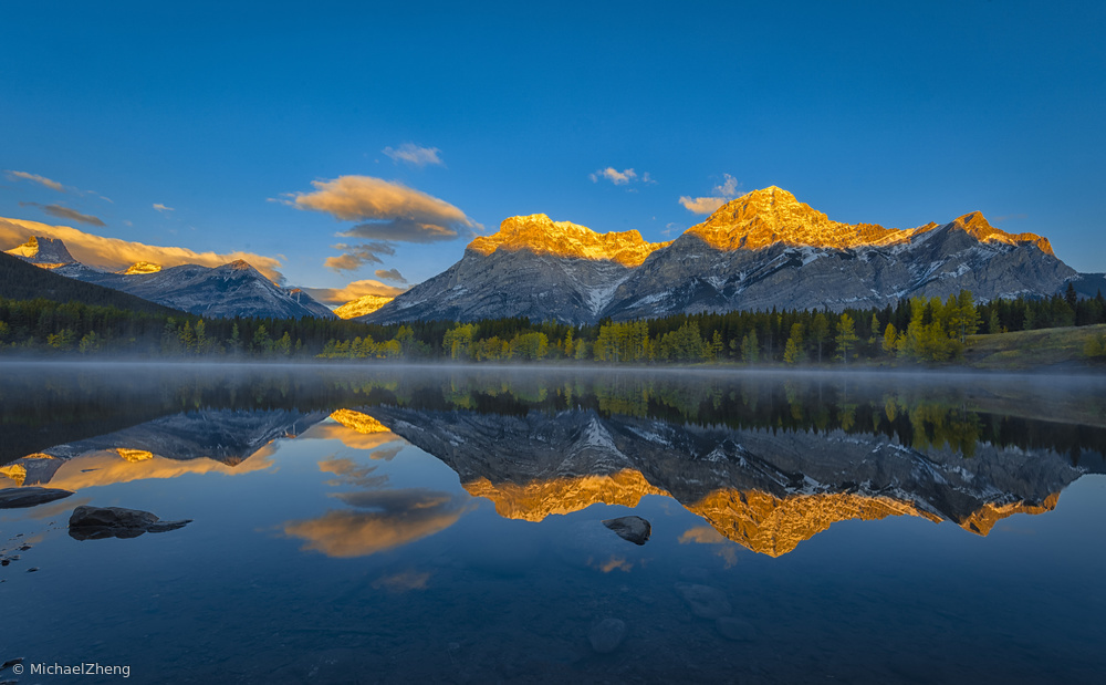 Fotokonst A Perfect Morning in Canadian Rockies