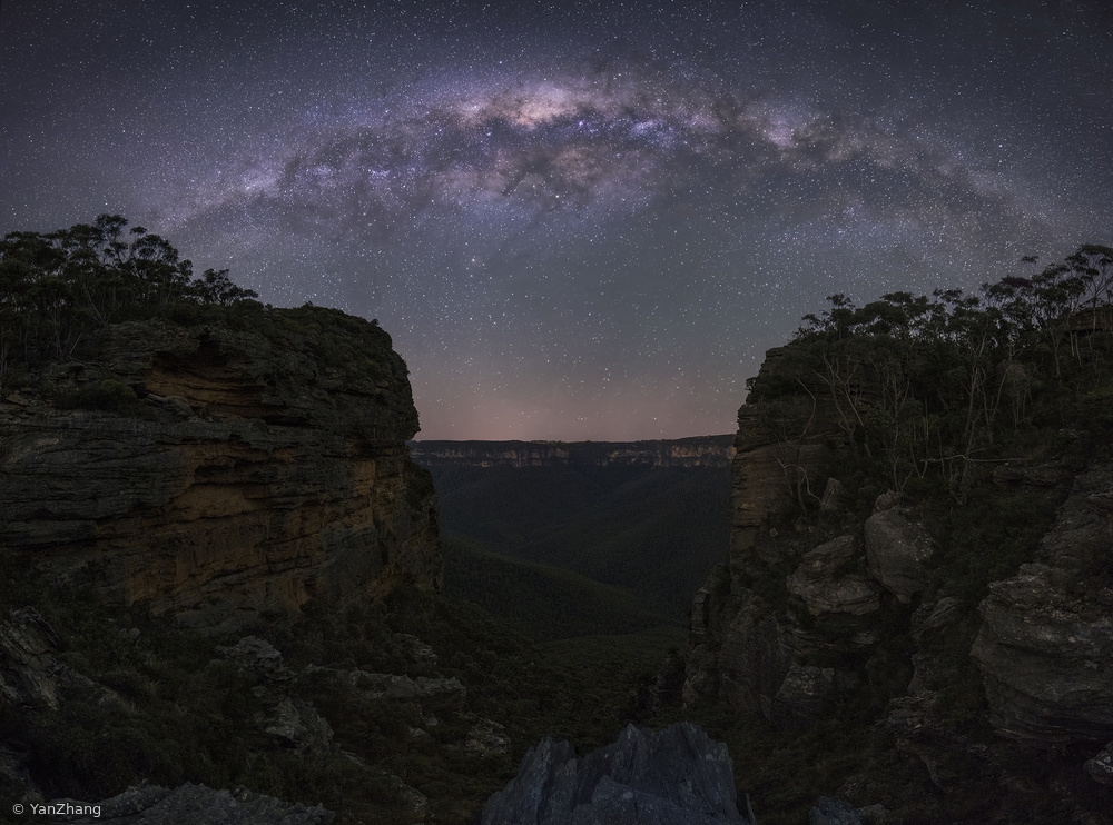 Fotokonst Night Sky over Blue Mountains