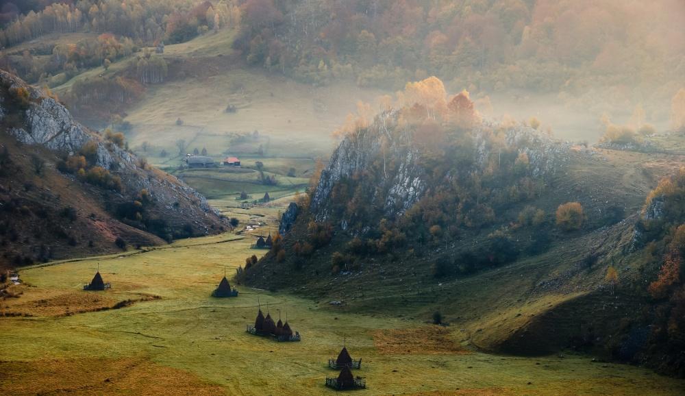 Fundătura Ponorului:  Transylvanian photographers' heaven