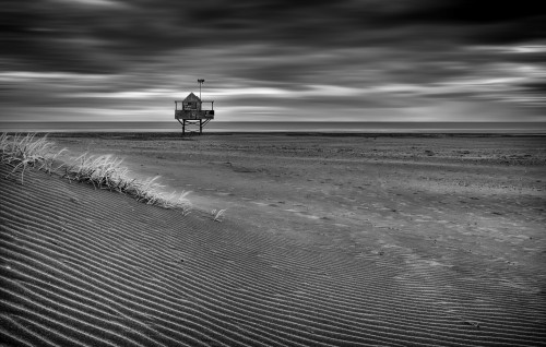 The Beach Hut by Peter Elgar
