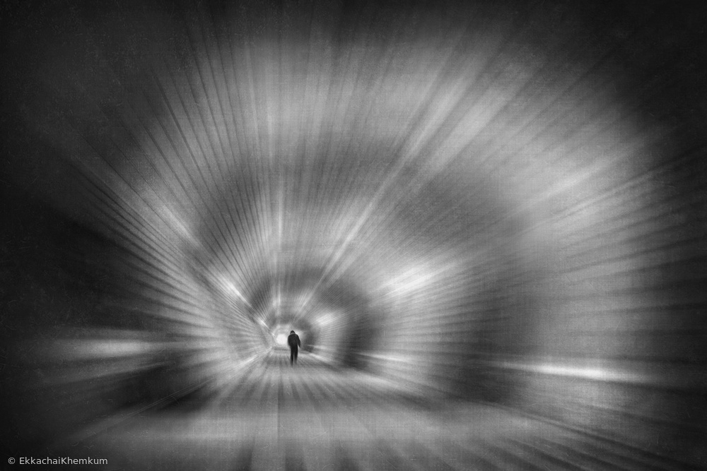 Fotokonst In the tunnel of the spiral