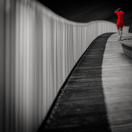 Woman in red by MARCOantonio