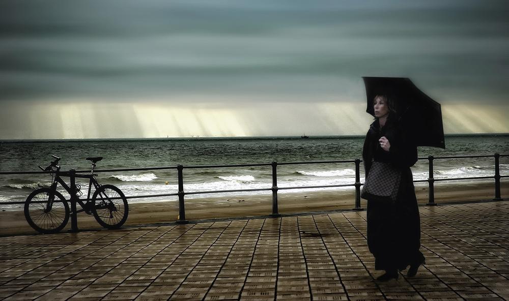 Fotokonst After the rain comes sunshine