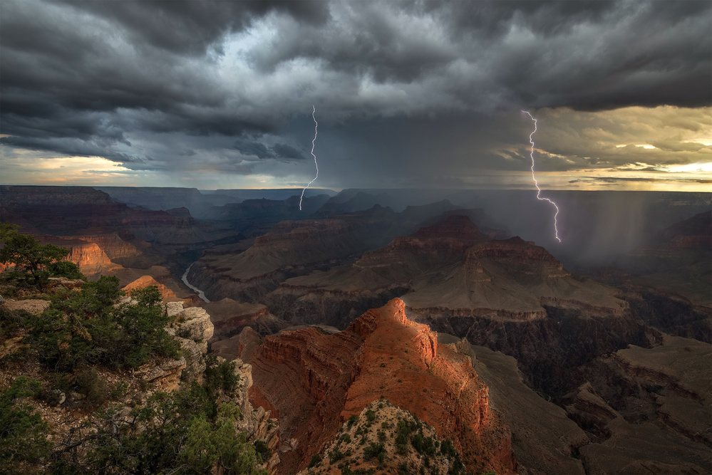 Poster Mohave Point Thunderstorm