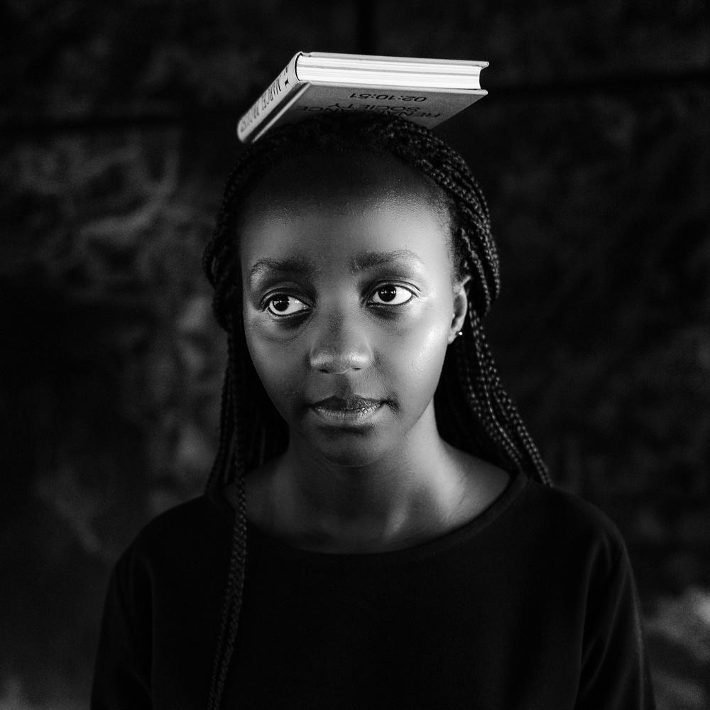 Fotokonst Girl with Book
